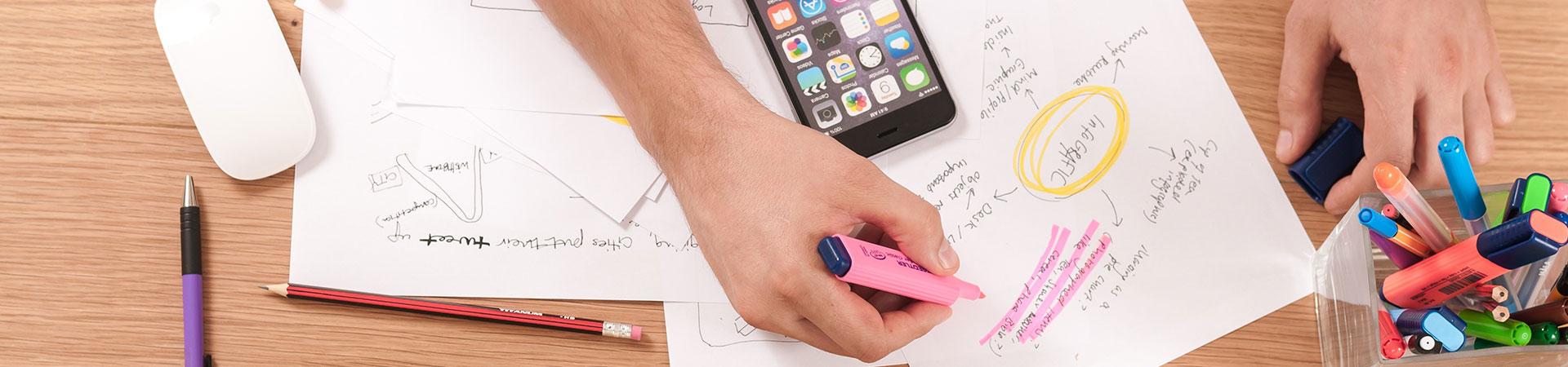 Herramientas para wireframes o mockups de sitios web y apps